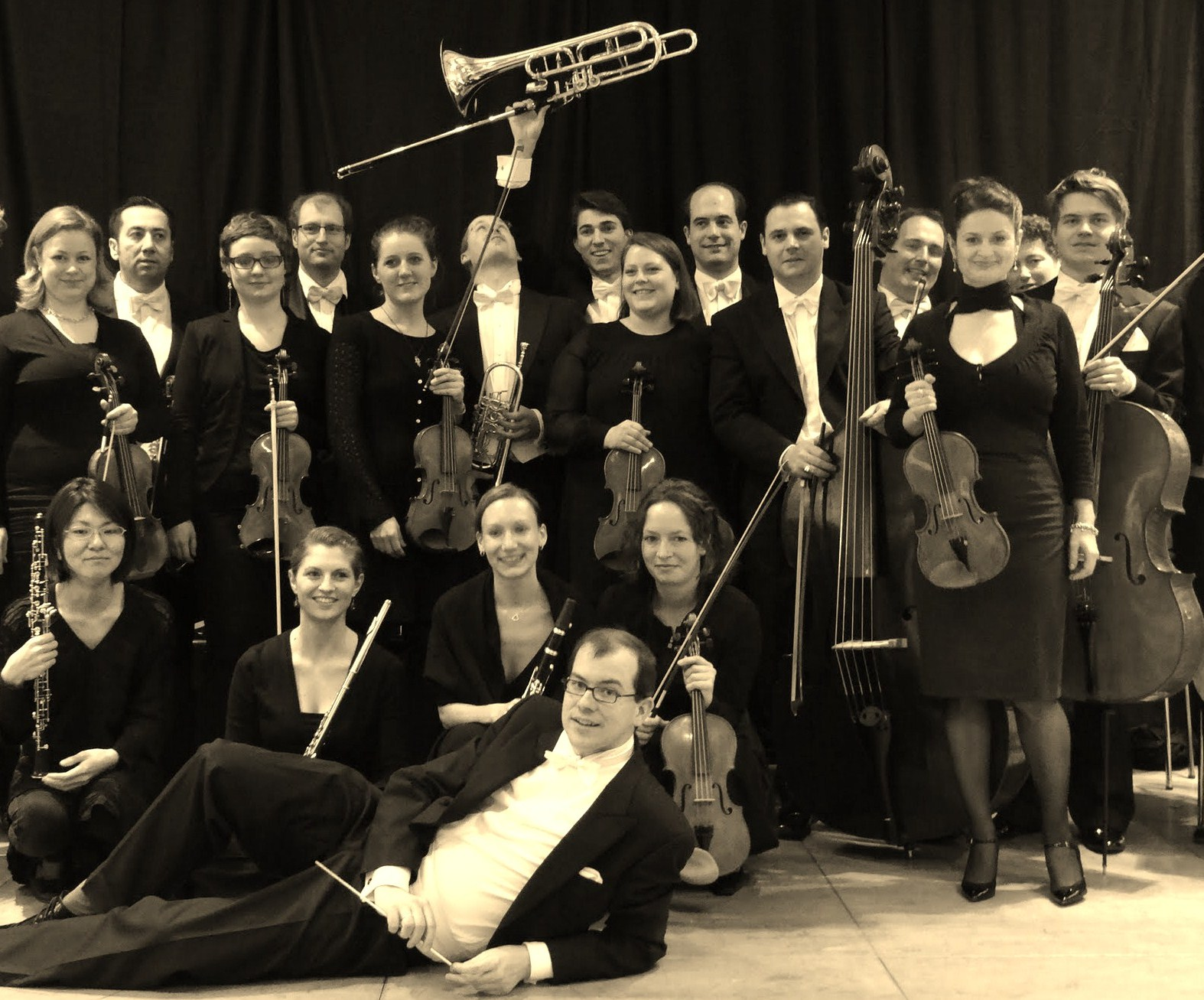files/camerata/Salonorchester 2013 3.jpg